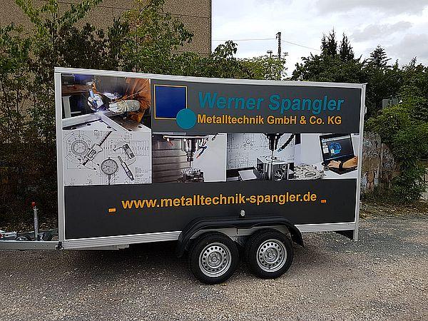 Anhänger mit Werkstatteinrichtung für Lieferung und Montagen